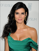 Celebrity Photo: Angie Harmon 1957x2500   419 kb Viewed 152 times @BestEyeCandy.com Added 678 days ago
