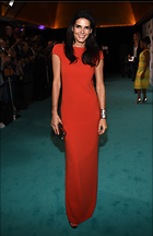 Celebrity Photo: Angie Harmon 1946x3000   1.1 mb Viewed 144 times @BestEyeCandy.com Added 989 days ago
