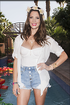 Celebrity Photo: Ashley Greene 2100x3150   724 kb Viewed 137 times @BestEyeCandy.com Added 746 days ago