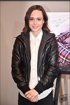 Celebrity Photo: Ellen Page 2362x3543   908 kb Viewed 67 times @BestEyeCandy.com Added 664 days ago