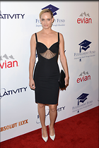 Celebrity Photo: Amber Valletta 2100x3150   486 kb Viewed 112 times @BestEyeCandy.com Added 902 days ago