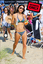 Celebrity Photo: Bethenny Frankel 2400x3600   2.7 mb Viewed 12 times @BestEyeCandy.com Added 988 days ago