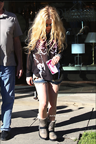 Celebrity Photo: Avril Lavigne 959x1439   996 kb Viewed 78 times @BestEyeCandy.com Added 344 days ago