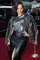 Celebrity Photo: Alicia Keys 2100x3092   1.2 mb Viewed 85 times @BestEyeCandy.com Added 557 days ago