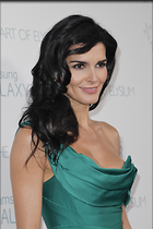 Celebrity Photo: Angie Harmon 683x1024   133 kb Viewed 312 times @BestEyeCandy.com Added 979 days ago