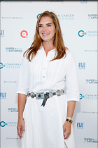 Celebrity Photo: Brooke Shields 2000x3000   1.2 mb Viewed 32 times @BestEyeCandy.com Added 606 days ago