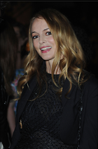 Celebrity Photo: Heather Graham 1361x2048   996 kb Viewed 233 times @BestEyeCandy.com Added 627 days ago