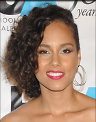 Celebrity Photo: Alicia Keys 1650x2100   393 kb Viewed 108 times @BestEyeCandy.com Added 443 days ago
