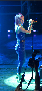 Celebrity Photo: Hayley Williams 444x948   196 kb Viewed 113 times @BestEyeCandy.com Added 611 days ago