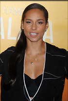 Celebrity Photo: Alicia Keys 2320x3440   475 kb Viewed 123 times @BestEyeCandy.com Added 443 days ago