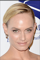 Celebrity Photo: Amber Valletta 2100x3150   716 kb Viewed 165 times @BestEyeCandy.com Added 902 days ago