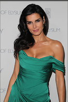 Celebrity Photo: Angie Harmon 1667x2500   391 kb Viewed 133 times @BestEyeCandy.com Added 678 days ago