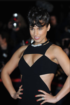 Celebrity Photo: Alicia Keys 500x751   41 kb Viewed 107 times @BestEyeCandy.com Added 472 days ago