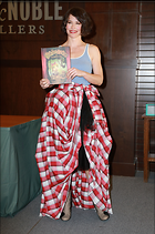 Celebrity Photo: Evangeline Lilly 176 Photos Photoset #262677 @BestEyeCandy.com Added 3 years ago