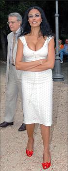 Celebrity Photo: Maria Grazia Cucinotta 1136x2855   313 kb Viewed 405 times @BestEyeCandy.com Added 1076 days ago