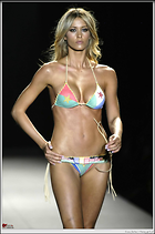 Celebrity Photo: Elena Santarelli 2056x3104   395 kb Viewed 495 times @BestEyeCandy.com Added 656 days ago