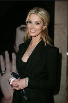 Celebrity Photo: Delta Goodrem 2000x3000   806 kb Viewed 98 times @BestEyeCandy.com Added 3 years ago