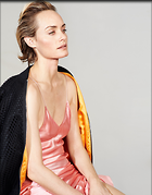 Celebrity Photo: Amber Valletta 1536x1960   479 kb Viewed 81 times @BestEyeCandy.com Added 415 days ago