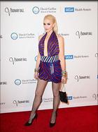 Celebrity Photo: Gwen Stefani 1200x1607   218 kb Viewed 211 times @BestEyeCandy.com Added 770 days ago