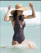 Celebrity Photo: Bethenny Frankel 2400x3067   389 kb Viewed 161 times @BestEyeCandy.com Added 1046 days ago