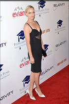 Celebrity Photo: Amber Valletta 2100x3150   445 kb Viewed 220 times @BestEyeCandy.com Added 902 days ago