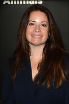 Celebrity Photo: Holly Marie Combs 1470x2219   169 kb Viewed 129 times @BestEyeCandy.com Added 427 days ago
