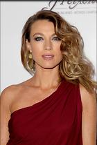 Celebrity Photo: Natalie Zea 1867x2800   1,104 kb Viewed 61 times @BestEyeCandy.com Added 568 days ago