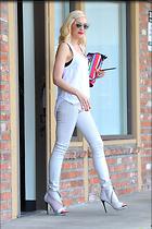 Celebrity Photo: Gwen Stefani 2400x3600   969 kb Viewed 328 times @BestEyeCandy.com Added 1015 days ago