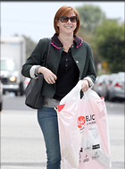 Celebrity Photo: Alyson Hannigan 16 Photos Photoset #276167 @BestEyeCandy.com Added 813 days ago