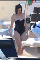 Celebrity Photo: Anne Hathaway 2835x4252   594 kb Viewed 1.992 times @BestEyeCandy.com Added 830 days ago