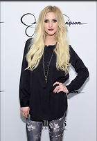 Celebrity Photo: Ashlee Simpson 2062x3000   605 kb Viewed 88 times @BestEyeCandy.com Added 872 days ago