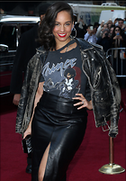 Celebrity Photo: Alicia Keys 2100x3021   1.1 mb Viewed 107 times @BestEyeCandy.com Added 557 days ago