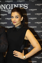 Celebrity Photo: Aishwarya Rai 3168x4752   502 kb Viewed 130 times @BestEyeCandy.com Added 885 days ago