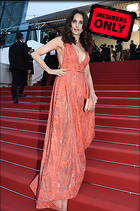 Celebrity Photo: Andie MacDowell 2456x3696   2.4 mb Viewed 14 times @BestEyeCandy.com Added 891 days ago