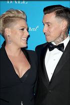 Celebrity Photo: Pink 2100x3150   667 kb Viewed 82 times @BestEyeCandy.com Added 744 days ago