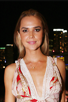 Celebrity Photo: Arielle Kebbel 2100x3150   543 kb Viewed 115 times @BestEyeCandy.com Added 461 days ago