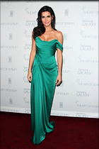 Celebrity Photo: Angie Harmon 1667x2500   416 kb Viewed 61 times @BestEyeCandy.com Added 678 days ago