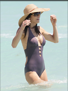Celebrity Photo: Bethenny Frankel 2400x3204   343 kb Viewed 216 times @BestEyeCandy.com Added 1046 days ago