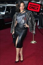 Celebrity Photo: Alicia Keys 2100x3129   1.5 mb Viewed 11 times @BestEyeCandy.com Added 557 days ago