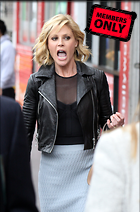 Celebrity Photo: Julie Bowen 2400x3642   2.8 mb Viewed 8 times @BestEyeCandy.com Added 1073 days ago