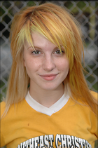Celebrity Photo: Hayley Williams 1994x3000   548 kb Viewed 108 times @BestEyeCandy.com Added 681 days ago