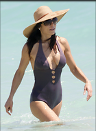 Celebrity Photo: Bethenny Frankel 2400x3263   407 kb Viewed 398 times @BestEyeCandy.com Added 1046 days ago