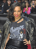 Celebrity Photo: Alicia Keys 1180x1592   191 kb Viewed 127 times @BestEyeCandy.com Added 567 days ago