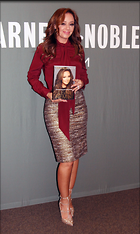 Celebrity Photo: Leah Remini 1795x3000   497 kb Viewed 1.713 times @BestEyeCandy.com Added 164 days ago