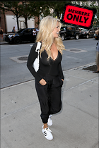 Celebrity Photo: Christie Brinkley 2133x3200   2.0 mb Viewed 0 times @BestEyeCandy.com Added 5 days ago