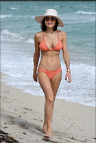 Celebrity Photo: Bethenny Frankel 2021x3000   756 kb Viewed 32 times @BestEyeCandy.com Added 341 days ago