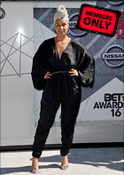 Celebrity Photo: Alicia Keys 3870x5454   3.8 mb Viewed 2 times @BestEyeCandy.com Added 194 days ago