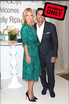 Celebrity Photo: Kelly Ripa 2126x3200   2.1 mb Viewed 0 times @BestEyeCandy.com Added 2 days ago