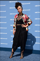 Celebrity Photo: Alicia Keys 2400x3600   1.1 mb Viewed 67 times @BestEyeCandy.com Added 432 days ago