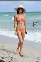 Celebrity Photo: Bethenny Frankel 1200x1800   281 kb Viewed 40 times @BestEyeCandy.com Added 441 days ago